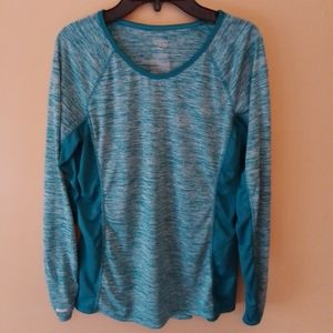 Teal fitted long-sleeve athleisure shirt, size M